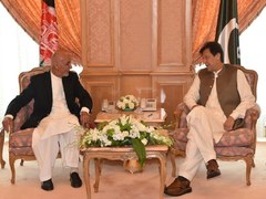 Imran, Ghani discuss Afghan peace process