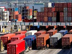 Despite COVID Pakistan exports post 5.8pc growth in July, as imports decline
