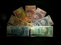 Colombian peso slides after rate cut; Strong dollar pressures other Latam FX