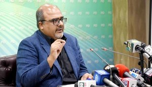 Govt has decided to make Broadsheet documents public on PM's orders, says Akbar