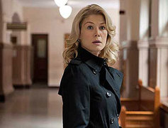 Rosamund Pike wins best comedy film actress Globe for 'I Care A Lot'