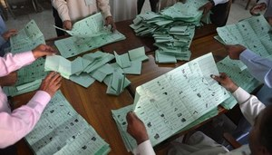 PML-N, PTI boycott recounting of votes in NA-249