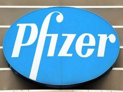 US authorizes Pfizer jab for 12-15 year olds as India outbreak rages