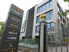 India raids media cos critical of govt