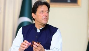 Smart lockdown most viable solution to save economy from destruction: PM Imran