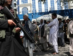 Taliban hang bodies of four kidnappers