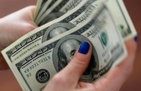 Pakistan's rupee ends at historic low against US dollar