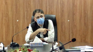 Asad Umar says inflation expected to remain high till at least March
