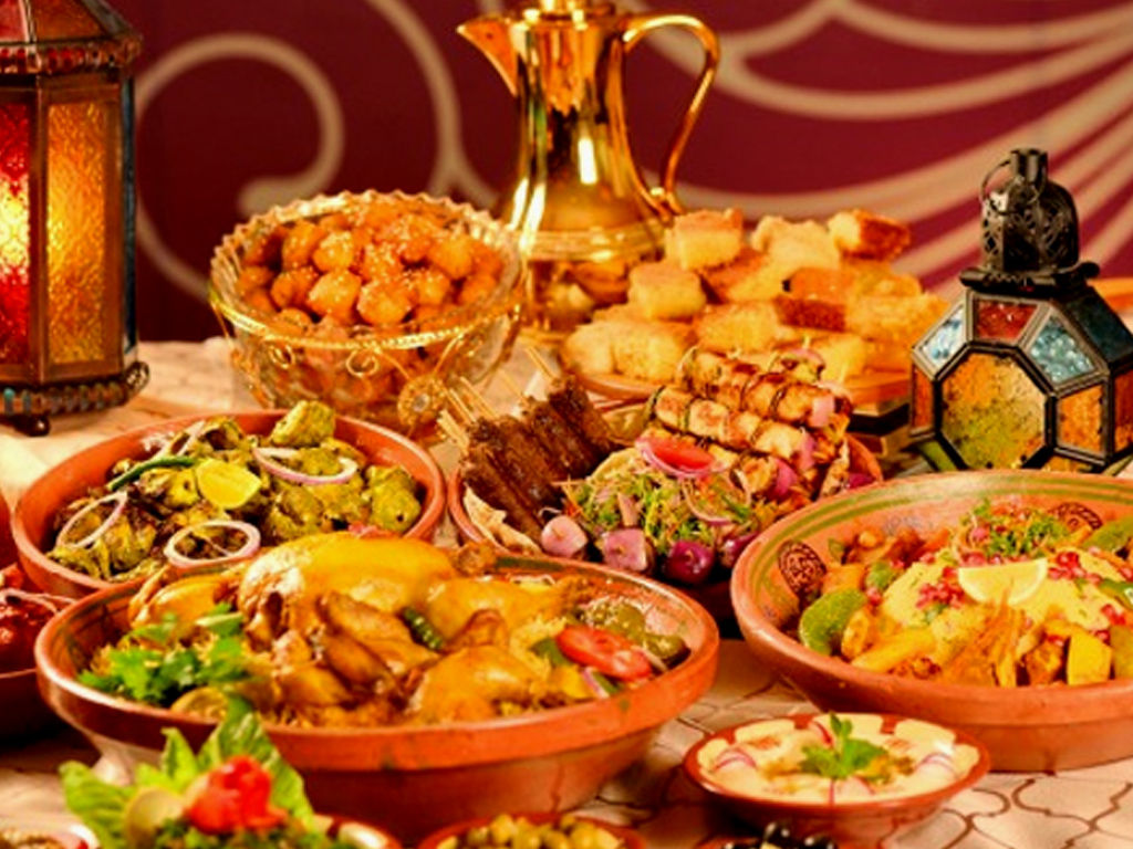 Trend Of Iftar Sehri At Restaurants On Rise In Pakistan Life Style Business Recorder