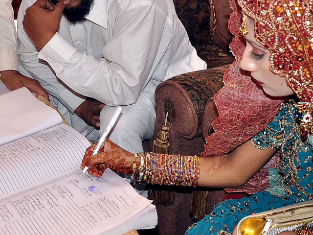 Senate committee approves draft bill raising minimum marriage age to 18 years