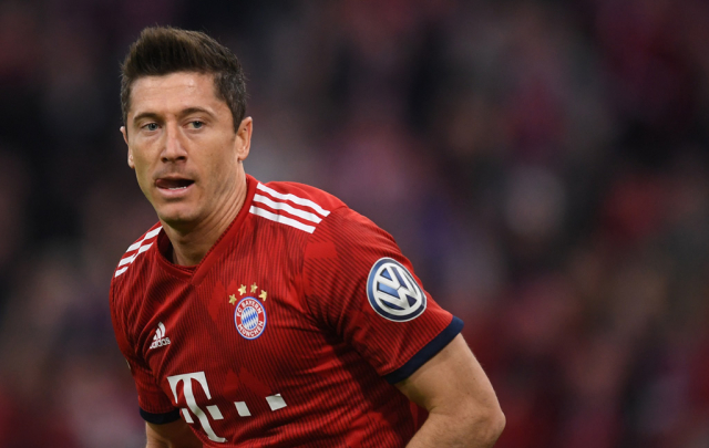 Five-star Bayern thrash Fortuna to close in on league title