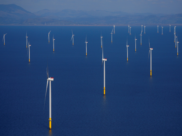 German parties end row over on-shore wind turbines, lift solar energy cap