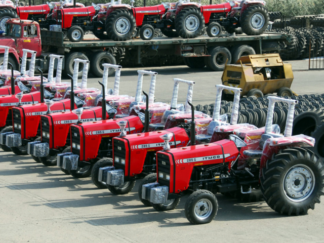 Tractor production falls over 31pc in 3 months