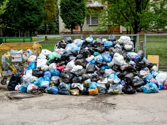 Need to make waste management part of curriculum