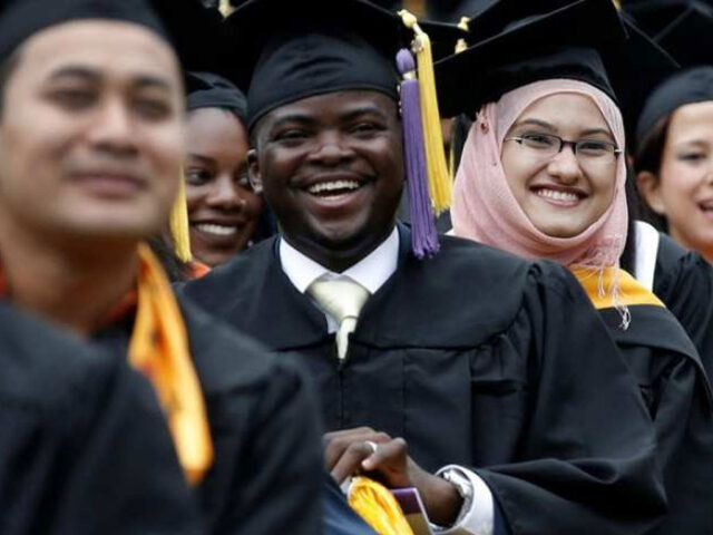 Pakistan among fastest growing markets for international students in USA