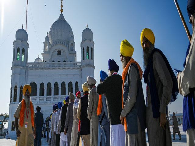 PM Imran inaugurates historic Kartarpur Corridor as Sikhs throng Guru Nanak Dev's shrine