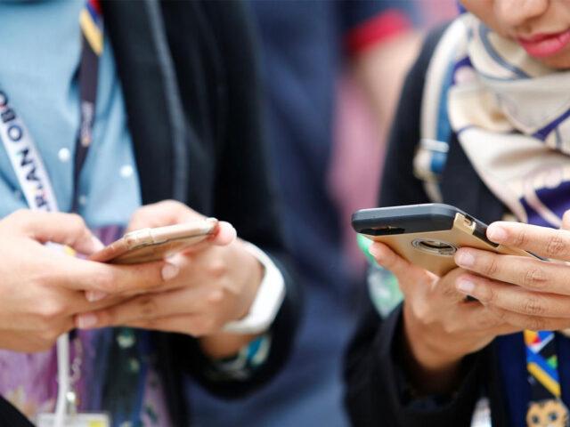 Pakistan beats India, Bangladesh in mobile net speed: Ookla report