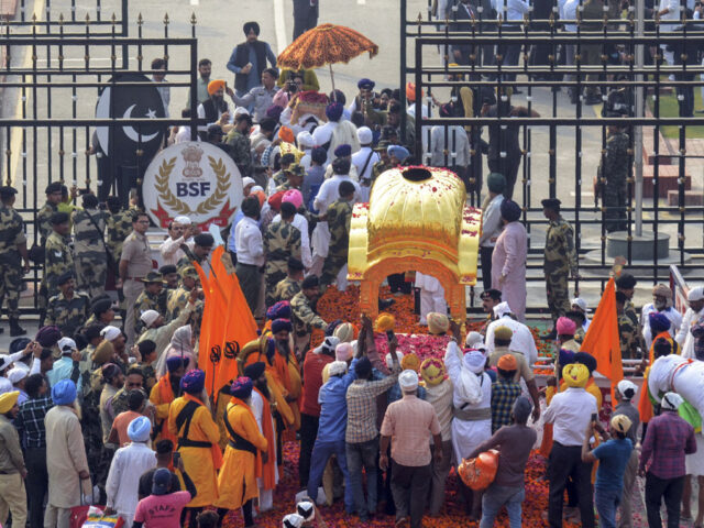 PM waives off passport, registration requirements for Indian Sikh pilgrims coming to Kartarpur
