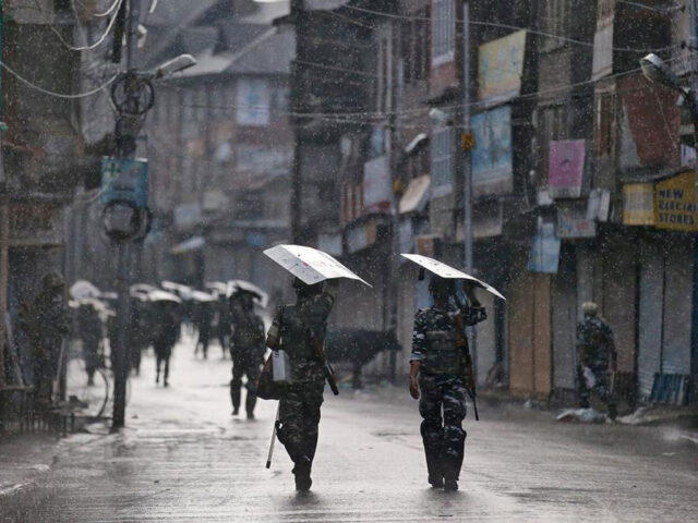 IoK's economy suffers loss of billions of dollars as lockdown by Indian govt continues