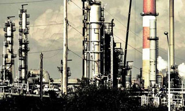 Local refineries approach govt as furnace oil crisis looms