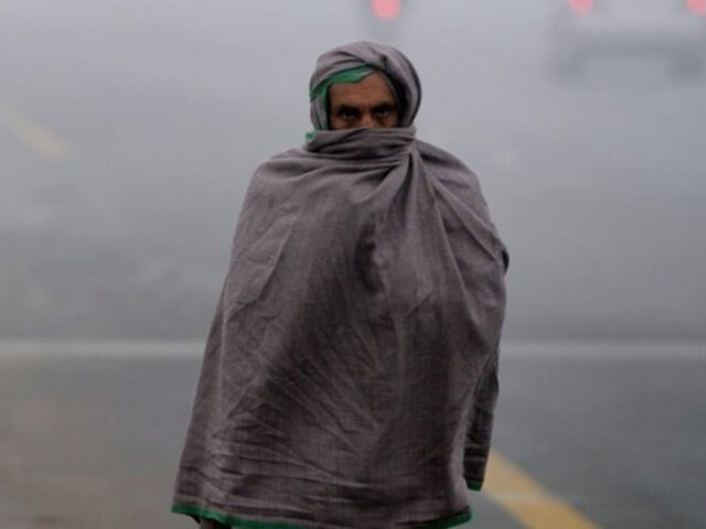 Temperature in Karachi drops to as low as 9°C