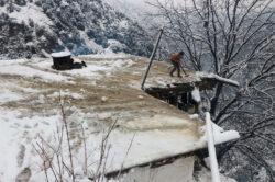 PM to visit Azad Kashmir after dozens killed due to snowfall, rain
