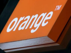 Orange strikes confident tone for French market after sales rise