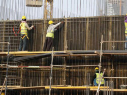 Pakistanis can travel to Saudi Arabia for work, despite coronavirus restrictions