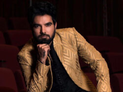 Who is Yasir Hussain's 'Ustaad' of acting?