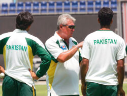 Pakistan cricketers pay touching tributes to late coach Bob Woolmer
