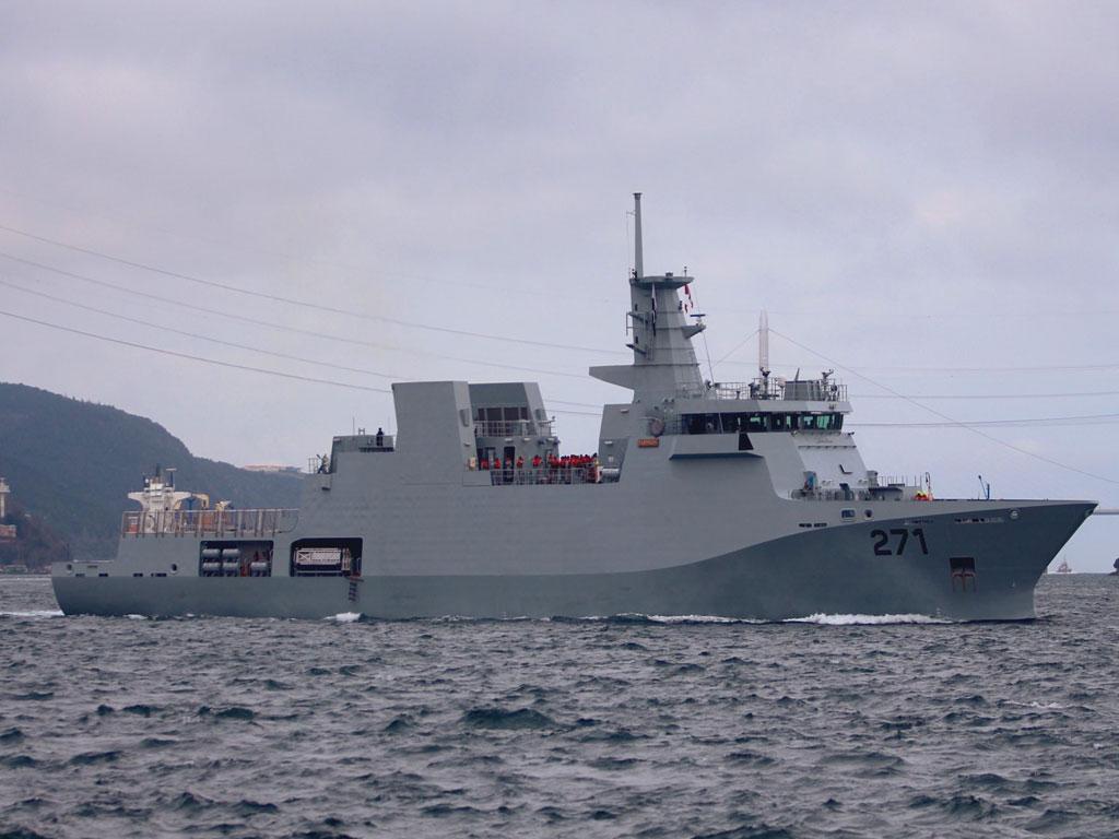 Pakistan Navy Inducts YARMOOK Corvette