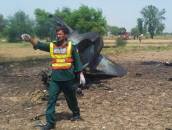 Pilot martyred after PAF F-16 crashes in Islamabad