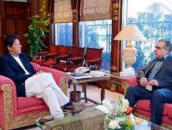 Imran Khan prays for Sindh governor's speedy recovery from coronavirus