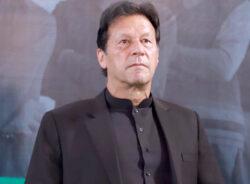 Imran Khan launches Yaran-e-Watan programme for overseas health professionals